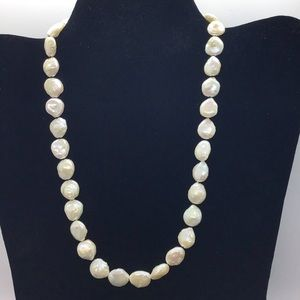 Jewelry - Freshwater coin baroque pearl necklace - Handmade